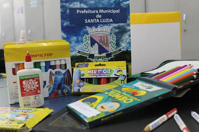 Prefeitura economiza mais de 800 mil reais com a compra do Material escolar da Rede Municipal