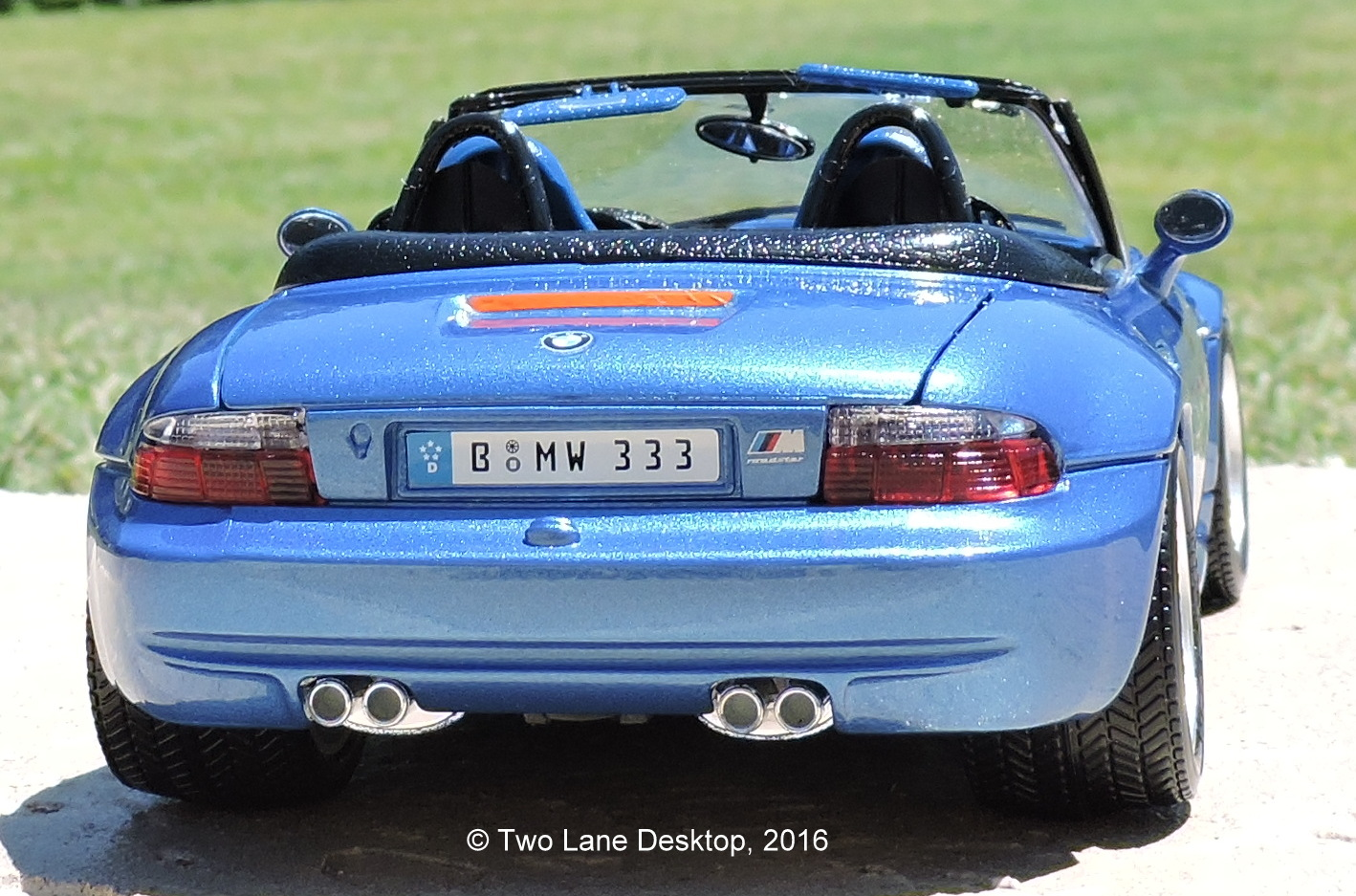 i wanted something with more flare and the m roadster was the best way to show it so finding a used bburago 118 scale model was the best place to start bburago 118 1996 bmw z3