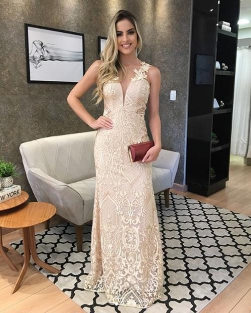 vestido de festa dourado renda