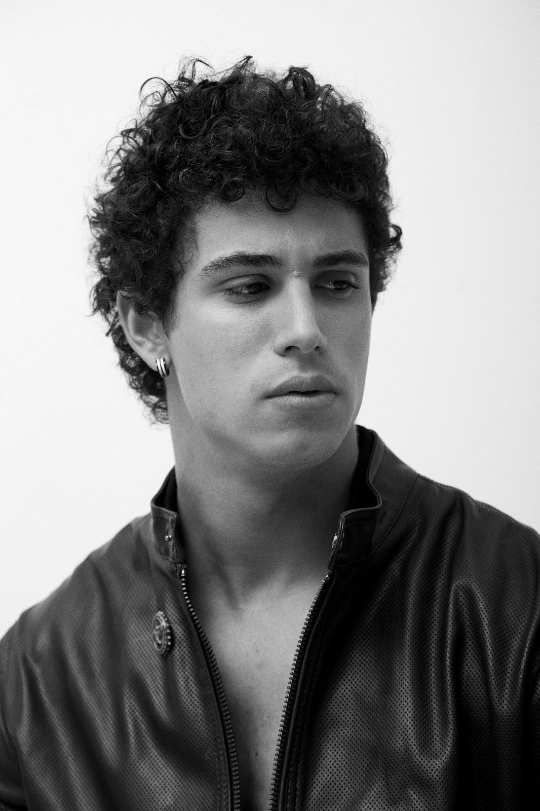 Guilherme Holanda por Pedro Fonseca
