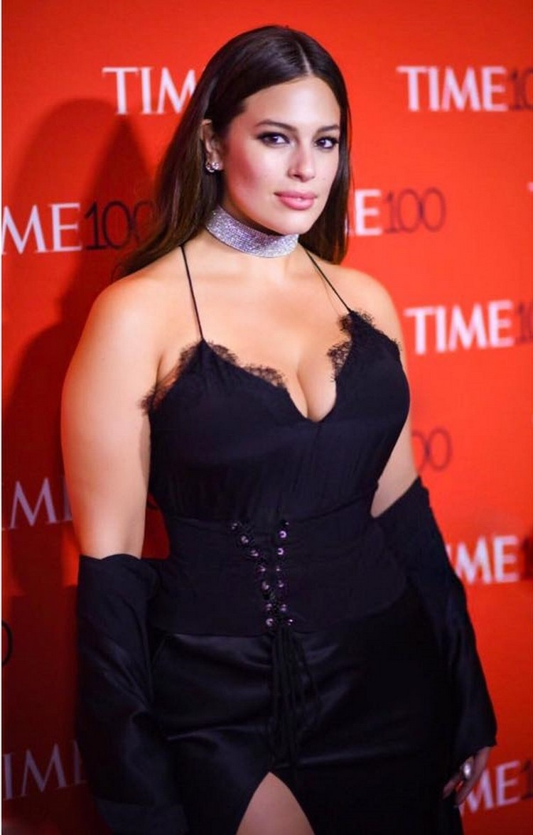 Ashley Graham plus-size model