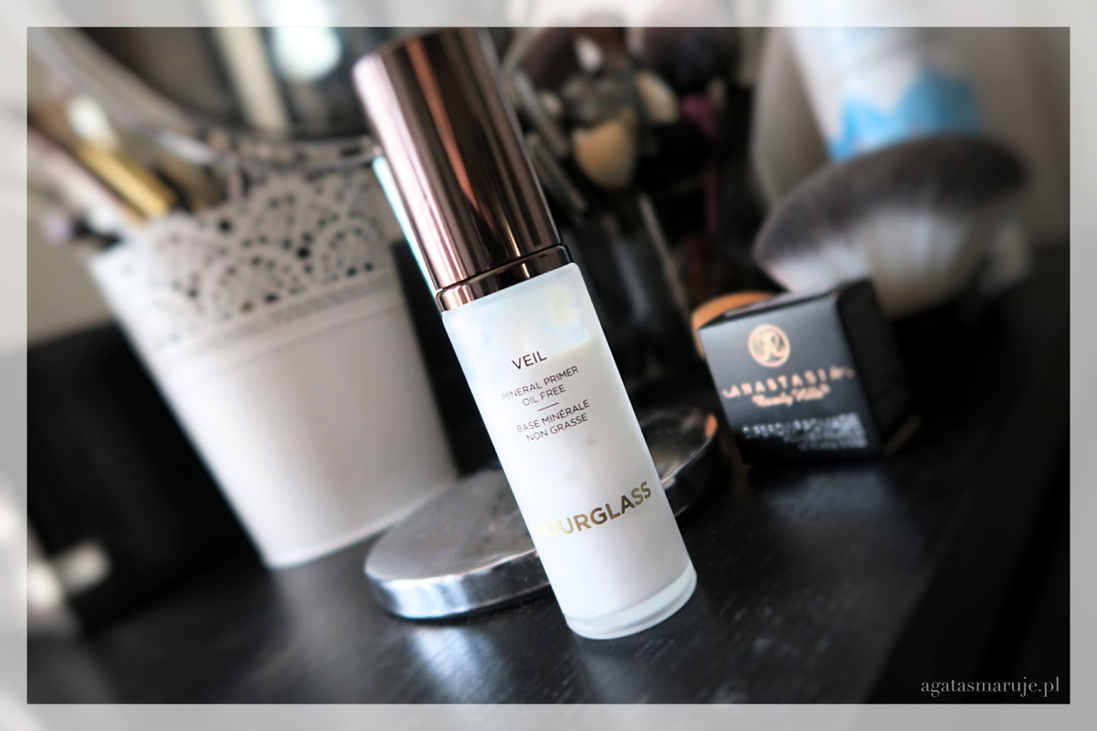 Hourglass Veil Mineral Primer baza opinie