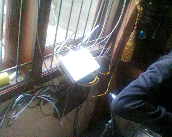 Merapihkan Kabel Kabel Jaringan Di Client Dan Mengganti STB - Gateway Ilmu