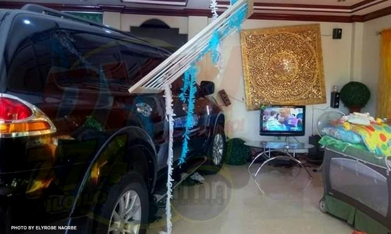 Alleged Montero sudden unintended acceleration incident in Iloilo