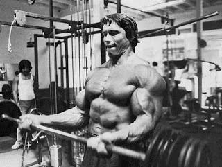 تمرين عضلات الباى لارنولد شوارزنيجر