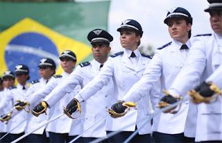 Marinha deve lançar concurso com milhares de vagas em 2017; previsão é de salários altos