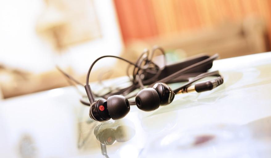 Sony Headphones that Change Their Shape