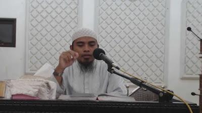 ustadz Abu Abdillah: MUHARRAM DI PERSIMPANGAN JALAN PEMIKIRAN