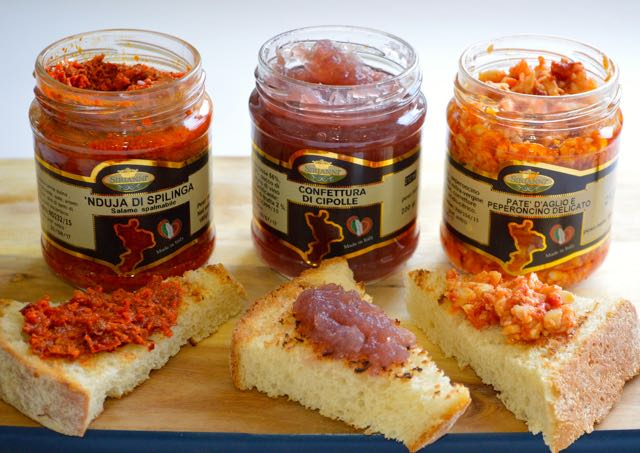 Spreads on bread from Calabrian Preserves from Artimondo