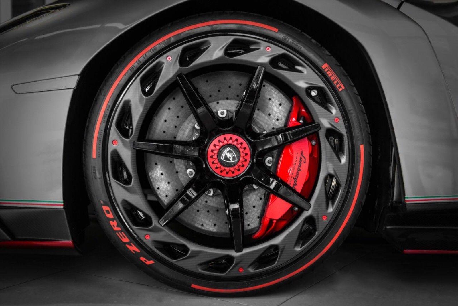 Practically New Lamborghini Veneno Up For Sale