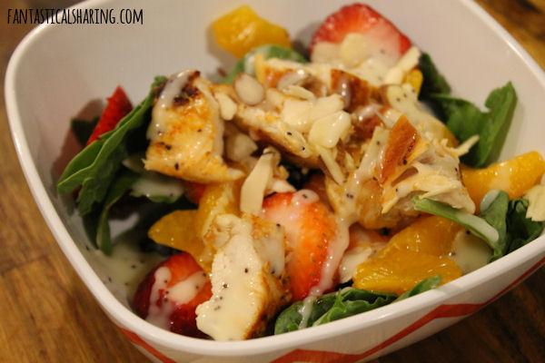 Strawberry Almond Chicken Salad #maindish #salad #chicken #FantasticalFoodFight