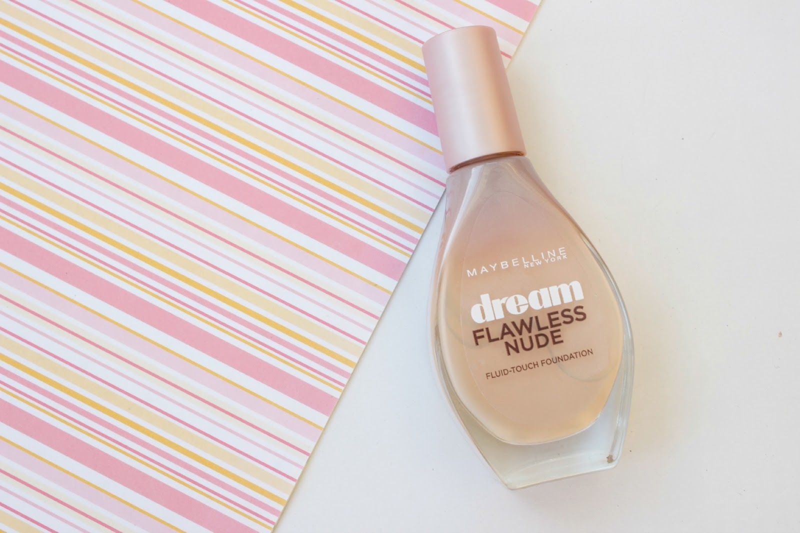 Maybelline Dream Flawless Nude Fluid-Touch Foundation