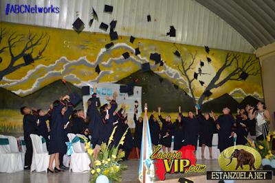 http://zacapavip.com/2016/10/29/graduacion-alumnos-del-ined-estanzuela-2016/