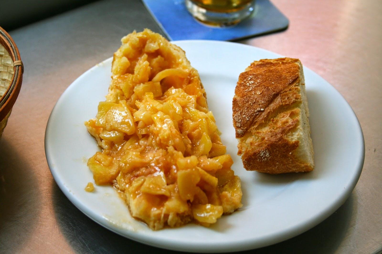 Tortilla de patatas - bar alhambra - valencia - exquisita