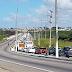 Saída da Zona Norte pela ponte de Igapó com trânsito travado