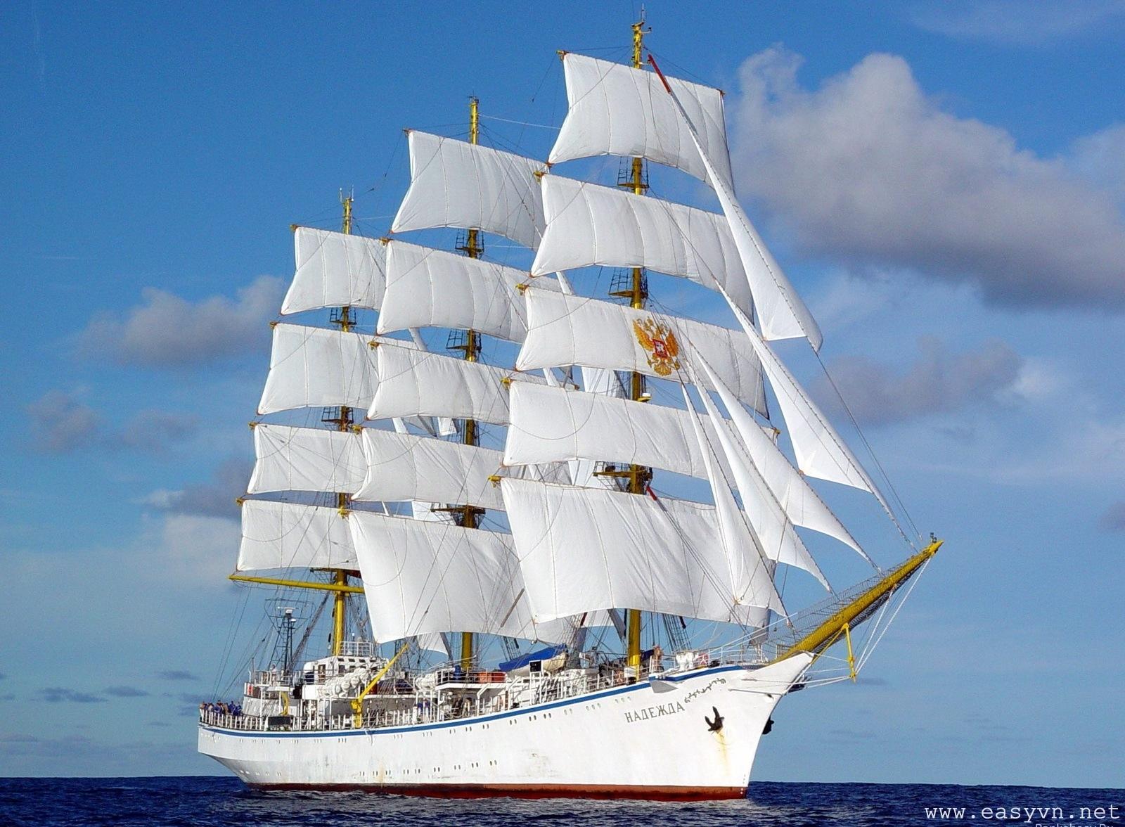 Cruise ship wallpaper 08326 baltana.