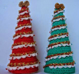 http://amigurumilacion.blogspot.com.es/2014/11/arbol-de-navidad-crochet.html?m=0