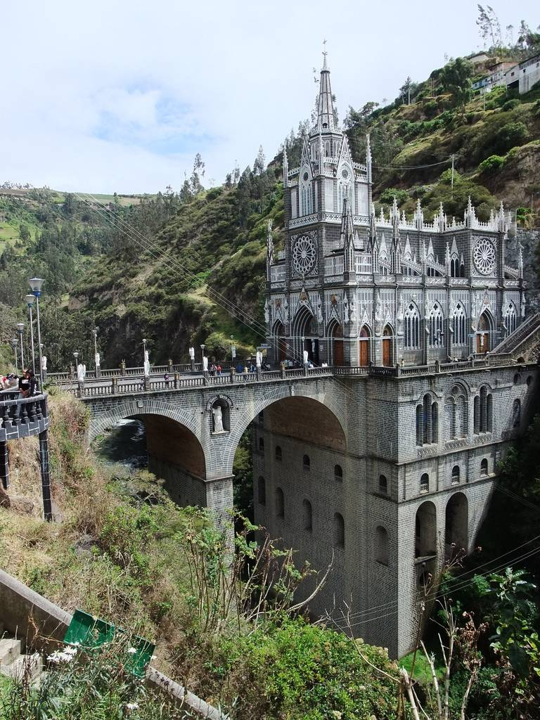Las+Lajas+Sanctuary+Church+Colombia+Santuario+3.jpg (768×1024)