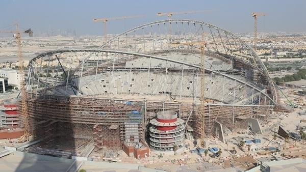 Operário morre em obra de estádio da Copa do Mundo de 2022 no Catar