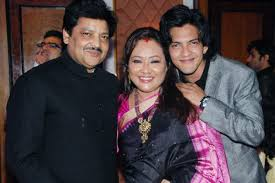 Udit Narayan, Biography, Profile, Age, Biodata, Family , Wife, Son, Daughter, Father, Mother, Children, Marriage Photos.