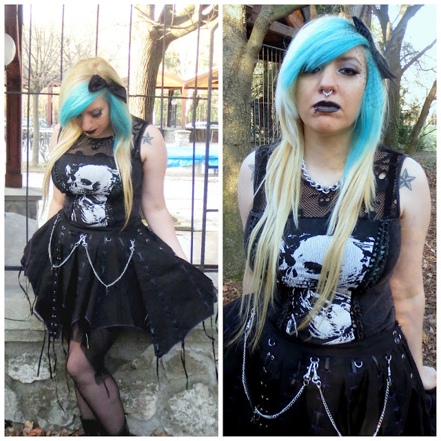 goth girl blue hair punk rave skull shirt chains skirt dark lips emo septum ring outfit