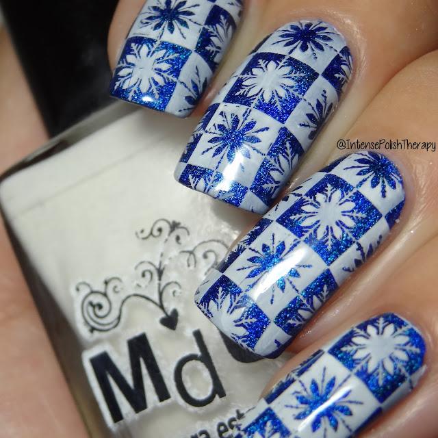 Christmas Nail Art - Snowflakes