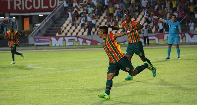 Sampaio Corrêa 1 x 0 ASA – Tricolor vence em casa e continua na cola dos líderes