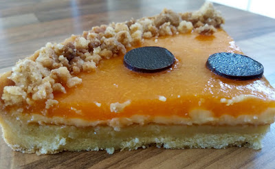 "alt=tarte abricot et romarin"""