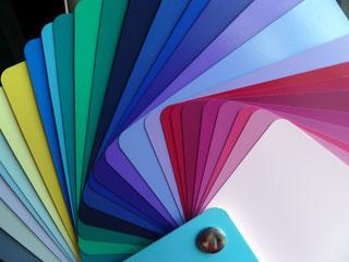 https://farbenreich.wordpress.com/category/allerlei-zur-farbe/farbberatung-stilberatung-tipps-und-trends/farbtyp-winter-farbberatung-stilberatung-allerlei-zum-thema-farbe-und-stil/page/2/