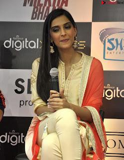 Sonam Kapoor Bollywood ~ .xyz Exclusive 011.jpg