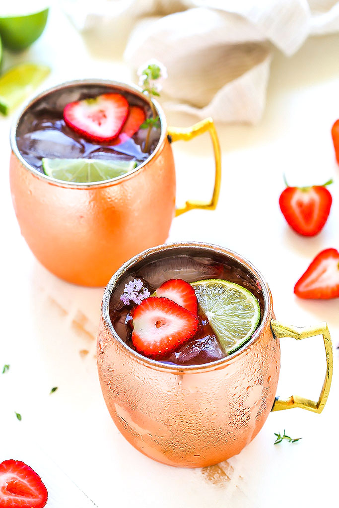 Strawberry Lime Moscow Mule #drink #strawberry