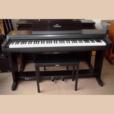 Giá Bán Đàn Piano Điện Yamaha CLP 40 Hiện Nay Là Bao Nhiêu