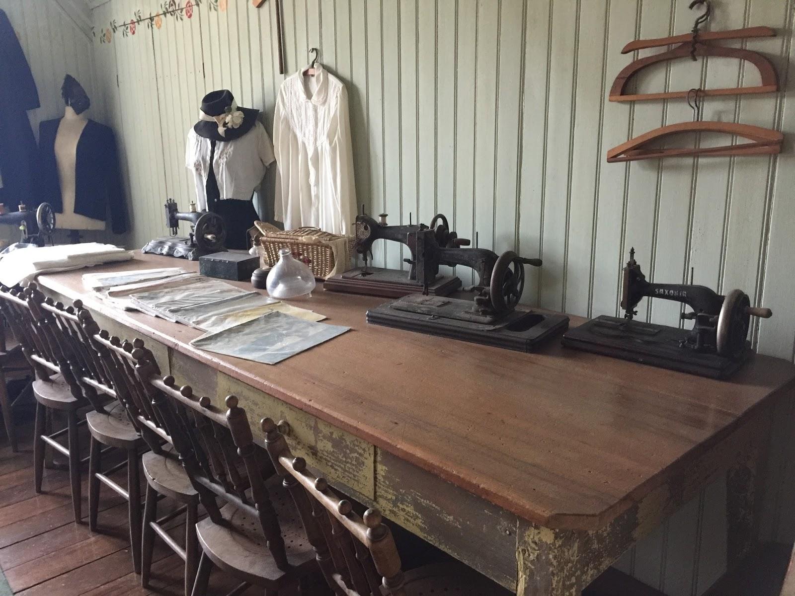 Quarto de costuras no Castelinho do Caracol