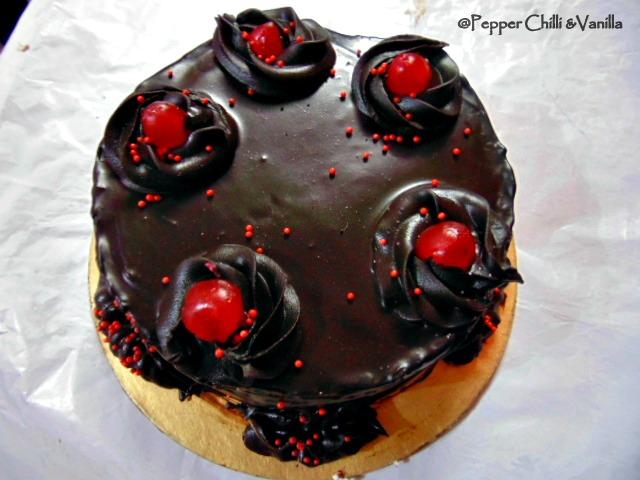 chocolate moist eggless cake with  ganache mirror glaze