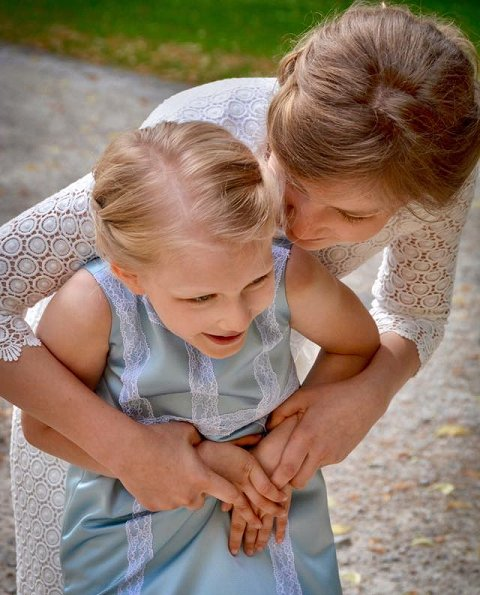 Daughter of King Philippe and Queen Mathilde, Princess Eléonore today celebrates her 9th birthday. Happy birthday to you Princess Eléonore.