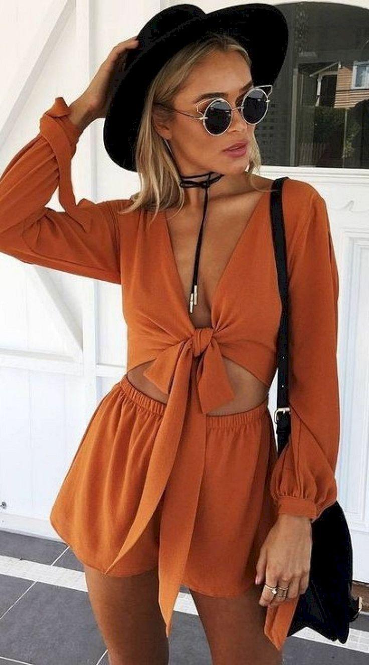 summer fashion trends   hat + bag + brown jumpsuit