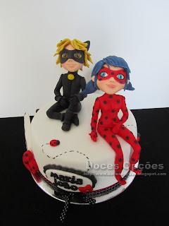 Bolo de aniversário com a Ladybug e o Gato Noir