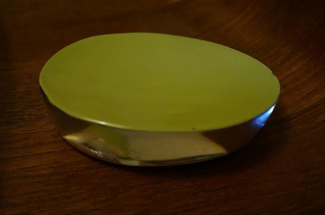 porte savon années 60 70  vintage 60s lucite soap holder 1960s