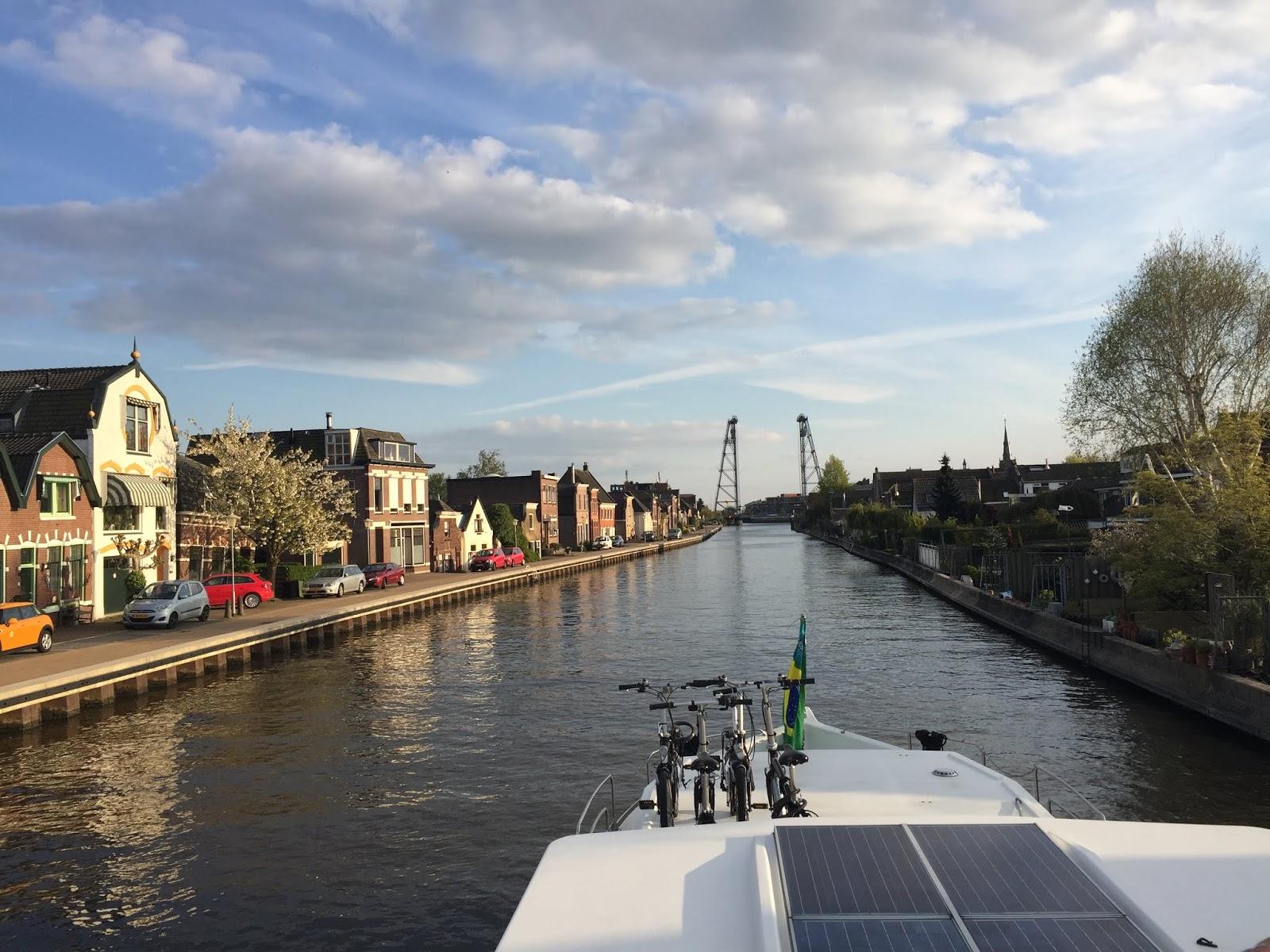 Viagem de barco pela Holanda