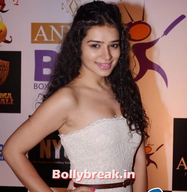 Sukirti Kandpal, Box Cricket League Success Party - Tv Babes as Guests