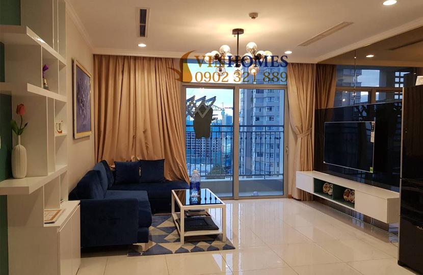 Căn hộ cho thuê 1PN tại Vinhomes Bình Thạnh view sông SG - phòng khách có ban công