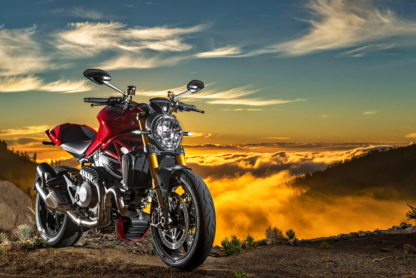 Ducati Monster 1200 S: The High Tech Power Real Monster