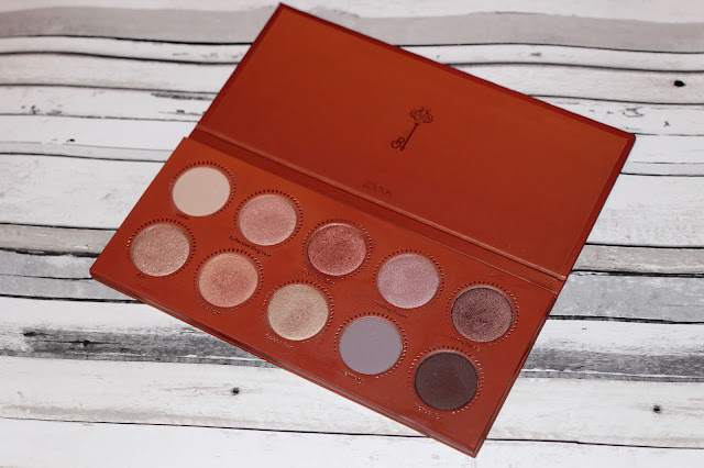 ZOEVA ROSE GOLD PALETTE REVIEW AND SWATCHES