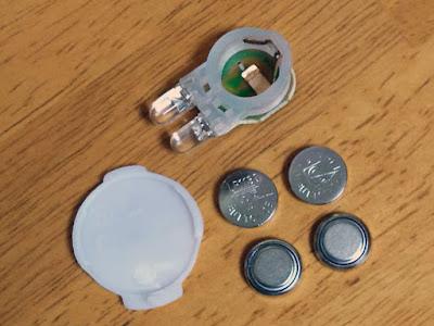 LR1130の互換電池はAG10
