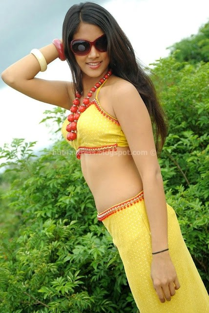 RITHIKA hot and sexy pic in yellow and white dress