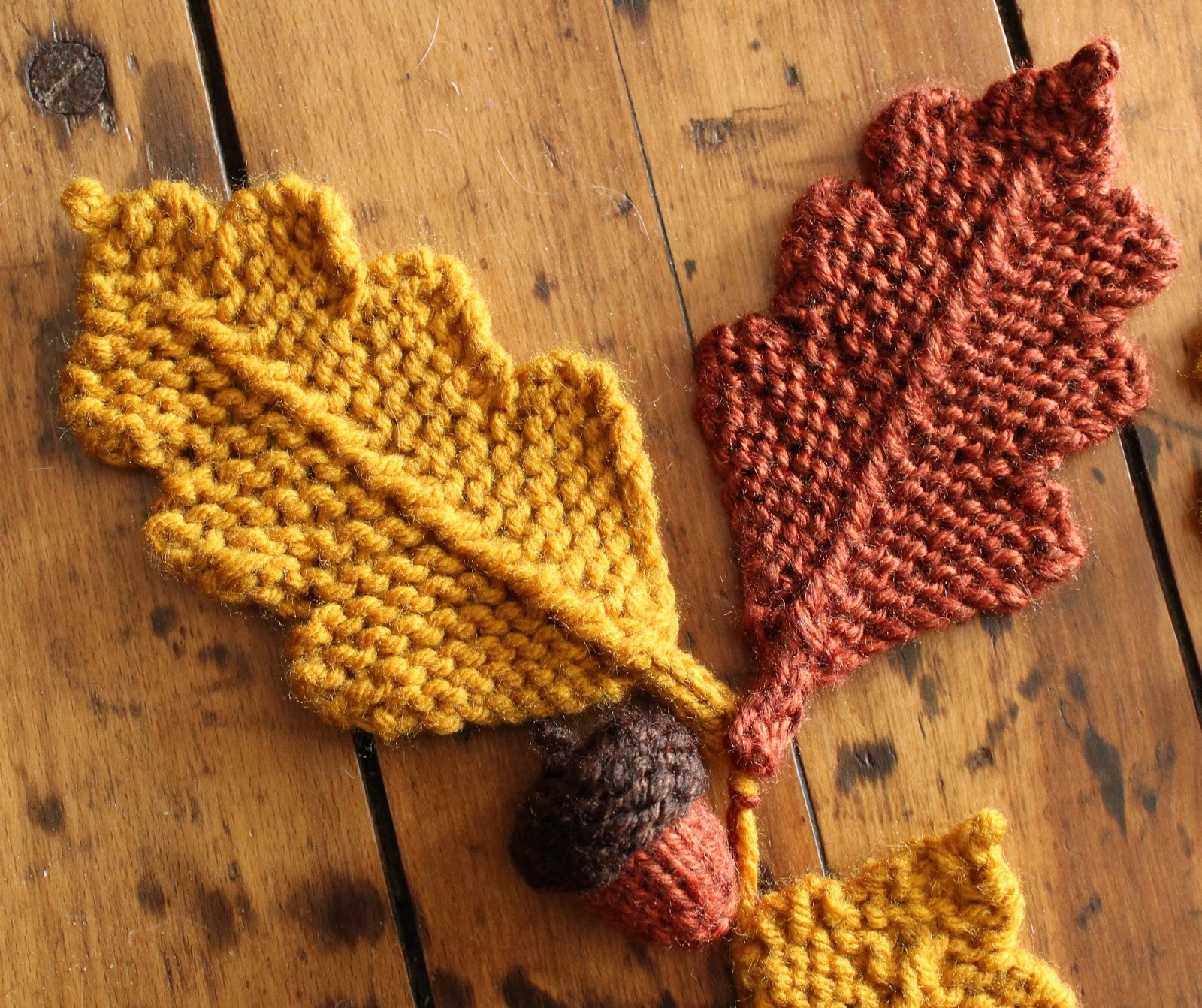 September Violets: Two Small Knitting Patterns ... Acorns & Ghosts!