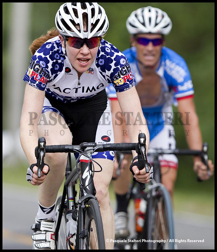 Derrick st john ride with rendall wins vaudreuil for Le miroir du cyclisme