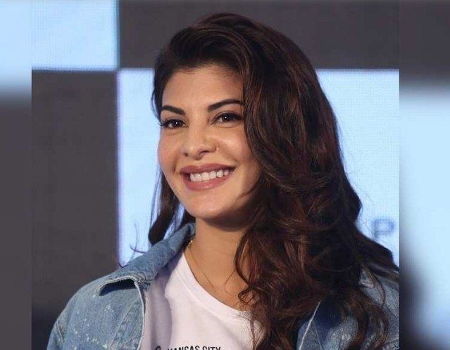 After Pali Hill, Jacqueline Fernandez gets more graffiti arts in Bandra