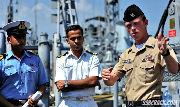 Indian Navy Executive Branch and Technical Branches Notification 2014