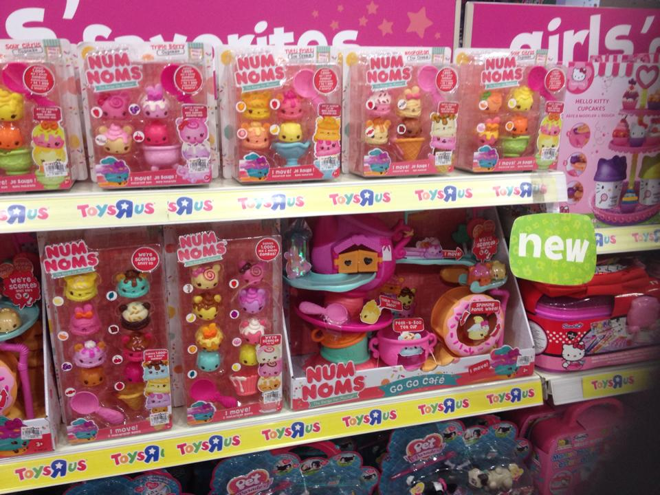 Jamie S Toy Blog Num Noms Frightmares And Barbie